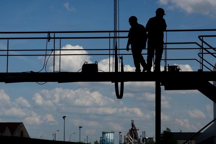 Глава Минюста поддержал идею ФСИН о замене трудовых мигрантов заключенными