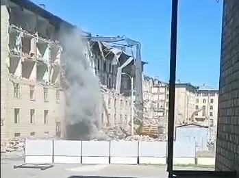 Жители Марфино задыхаются от строительной пыли