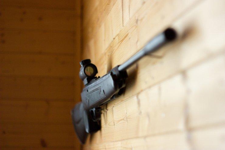 Житель Сочи застрелил приставов, которые пришли с решением о сносе