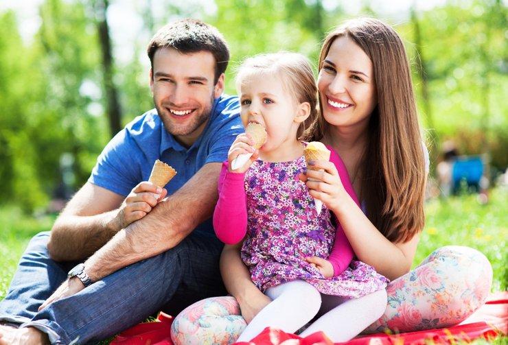 Семьи с первенцем оформили первые кредиты по программе семейной ипотеки