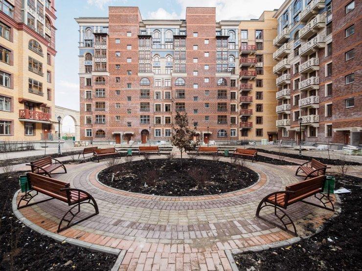 Почти тысяча дольщиков оформили в собственность квартиры в проектах Urban Group