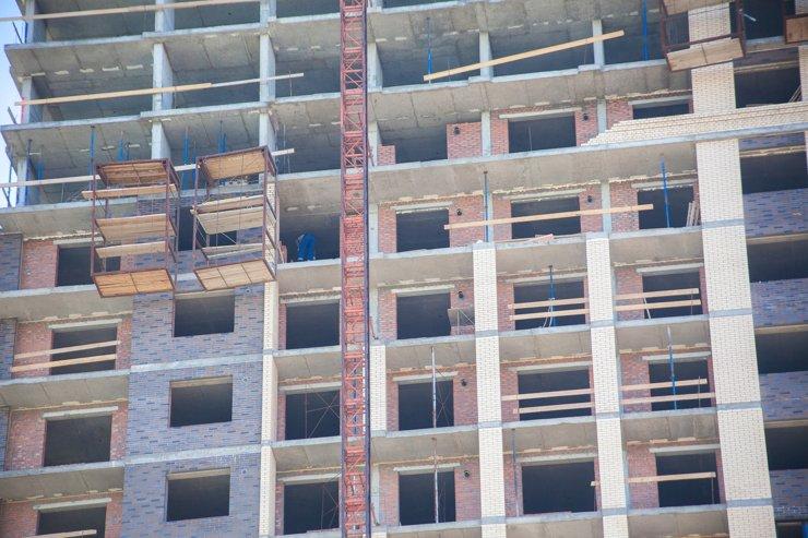 Новосибирская область возглавила федеральный антирейтинг по числу нарушений на стройплощадках