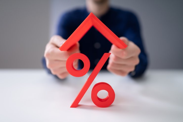 В ВТБ ожидают снижения объемов выдачи ипотеки на 25%
