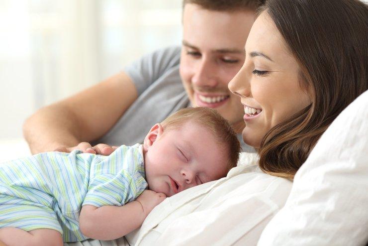 Семейную ипотеку продлили до конца 2023 года
