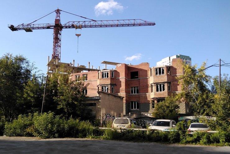 Прокурор потребовал завершить долгострой в центре Новосибирска