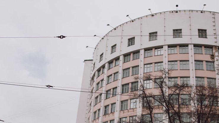 Свердловские власти не будут проводить торги на реконструкцию гостиницы «Исеть»