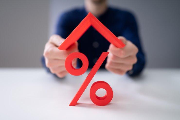 Сбербанк будет держать ипотечные ставки на минимально приемлемом уровне