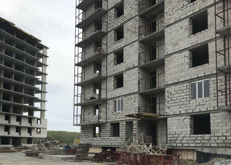 В Кировском районе Новосибирска восемь новостроек могут стать долгостроями
