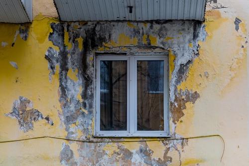 Дома с дефектами и креном могут включать в территории комплексного развития