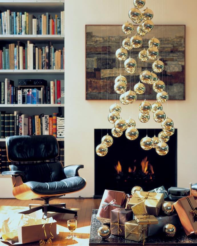 Украшаем квартиру: ветки, «живые шары», упаковочный материал и стикеры