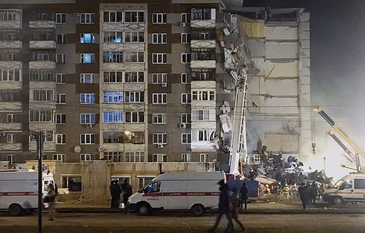 Шестеро погибли под обломками дома в Ижевске