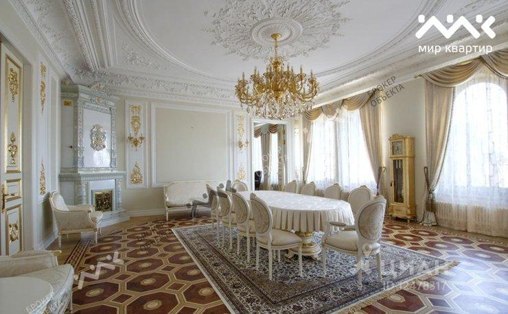 15 000 квартир можно купить на 12 млрд руб., изъятых у полковника ФСБ