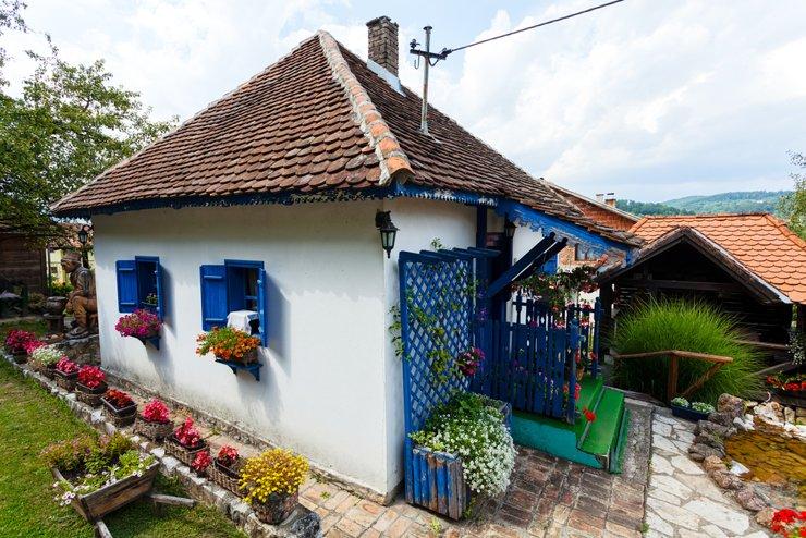 Продажа сельских домов в сербии апартаменты сочи