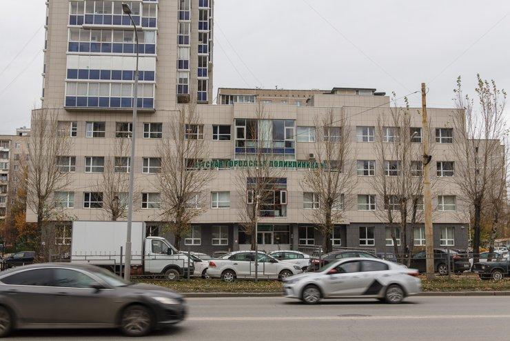 Детская поликлиника 13 прямо напротив ЖК