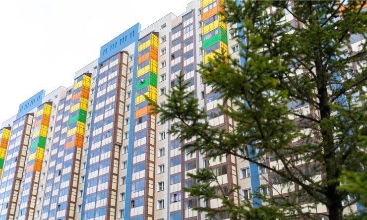 «Яблоня раздора»: обзор жилого комплекса на окраине Покровки