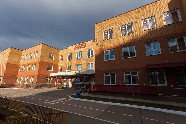 Новому корпусу детского сада №346 всего несколько лет