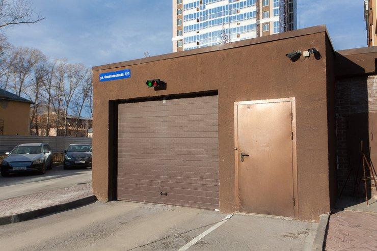 Ворота в подземный гараж ЖК