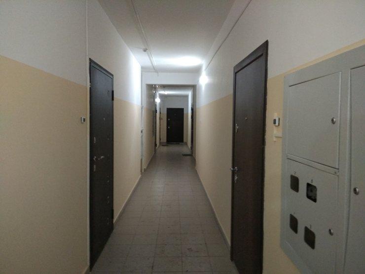 …Но в некоторых домах попадаешь в лабиринт узких коридоров