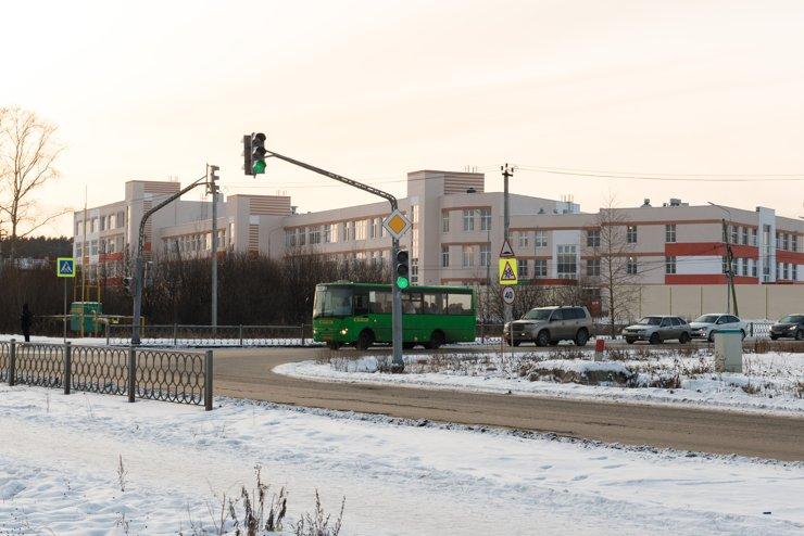 Рядом с жилым кварталом пока проходит только одна дорога— улица Суходольская